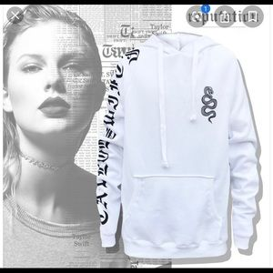 Taylor Swift white Reputation Tour Sweatshirt